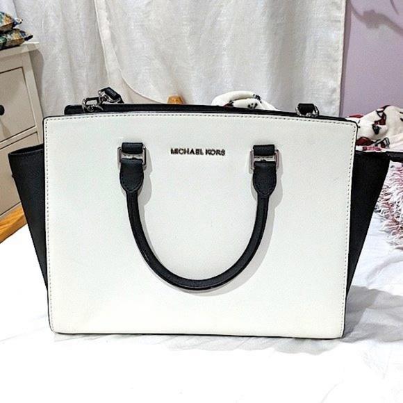 ae9100163d7 Michael Kors Bags | Black White Selma | Poshmark